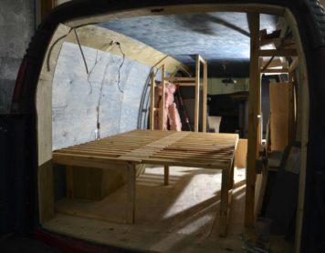 La structure des meubles; le lit!