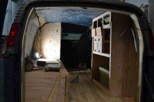 meuble van camion rangement aménagé